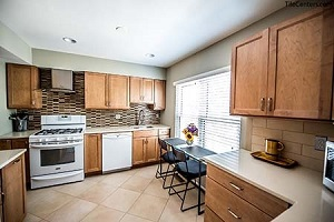 Kitchen - Ivy League ln, Rockville, MD 20850
