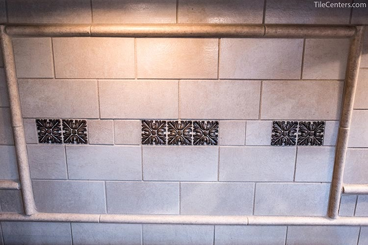 Traditional Beige Kitchen Backsplash Tile