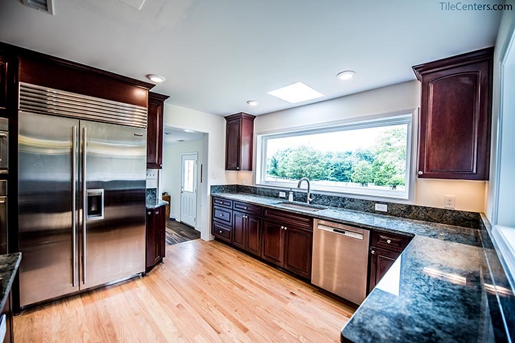 Red Oak Hardwood Flooring in Kitchen