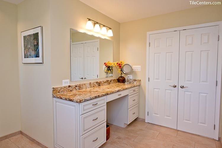 Extra countertop space in bathroom vanity - Potomac, MD 20854