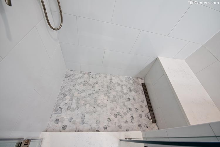 Hexagon Natural Stone Deco Shower Floor with Seat