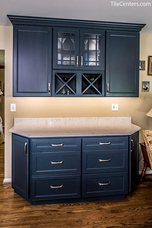 Extra Black Kitchen Cabinet Space