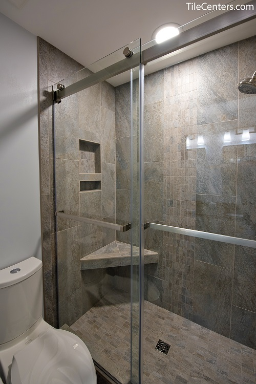 Shower with Niche and Seat